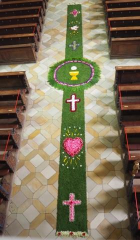 Blumenteppich für Fronleichnam
